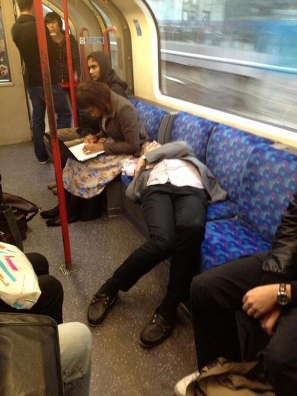 Пассажиркой секс в поезде с