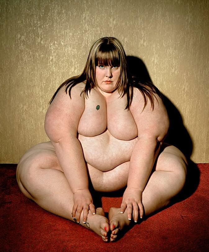 толстые и жирные бабы лежала