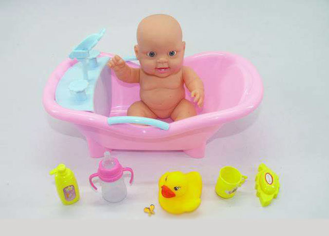 Выбирая игрушки для девочек, нужно учитывать возраст и интересы