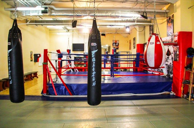 Как правильно бить по боксерской груше?