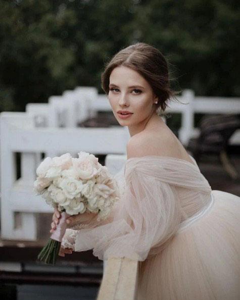 Сын Валерии женился: Трогательные фото со свадебной церемонии